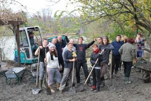 Team building by Volunteering