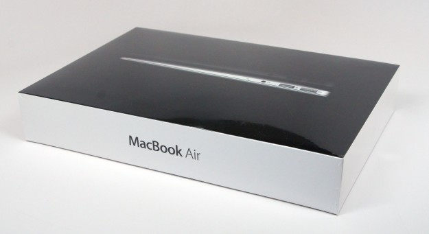 Macbook Air packaging