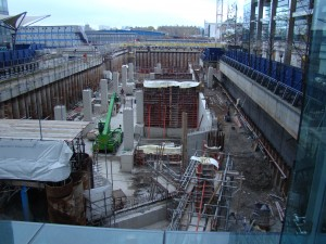 Crossrail_construction_site_-_geograph.org.uk_-_2178672